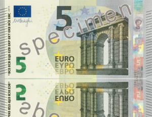 Nouveau billet de 5 euros en circulation le 2 mai 2013. dans Information le-nouveau-billet-de-5-euros1_discover_banknotes_small-300x230